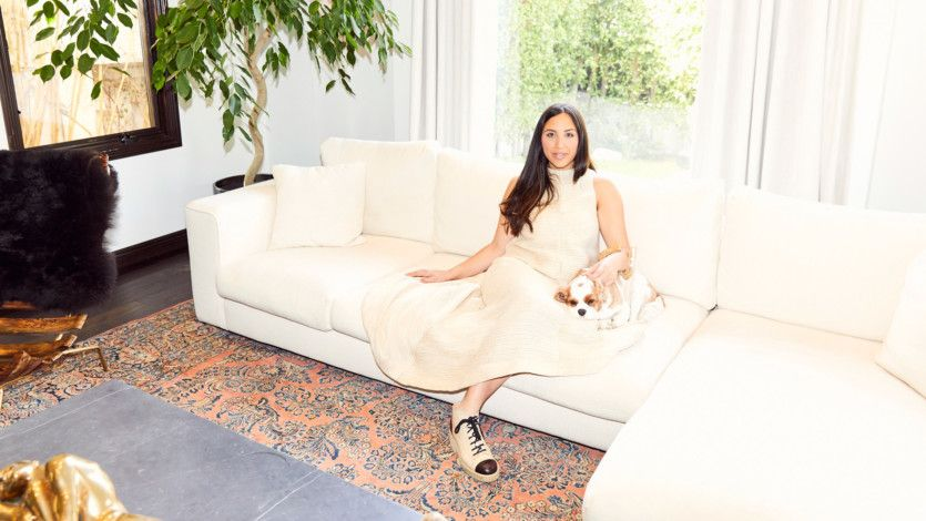 Love Cult Gaia? Wait until you see the founder's sun-drenched L.A. home: https://t.co/PG4jjU09cN https://t.co/wPvnrwbhBp