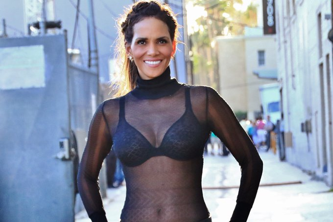 Happy 53rd birthday to one of the most beautiful women ever! Halle Berry will never stop looking stunning.