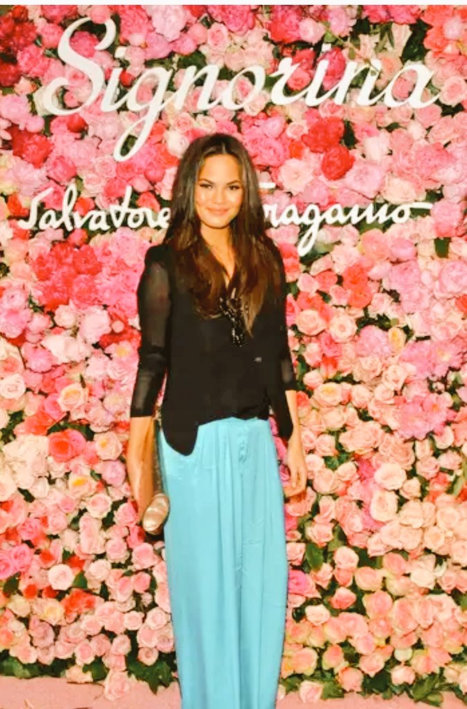 I think I figured out why Chrissy Teigen was so pissed about #PizzaGate.   Here she is at an event with her friend Rachel Chandler-Guinness.