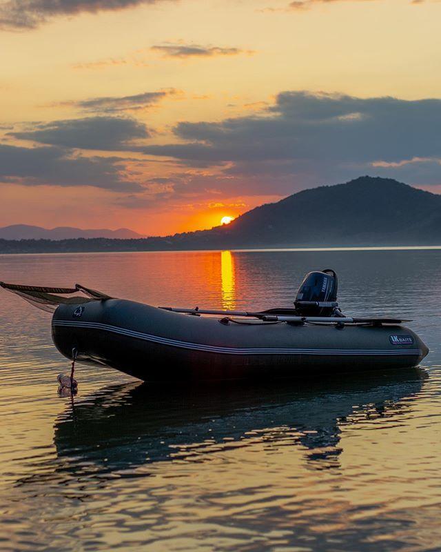 LK Baits Boat 👍🔝 #lkbaits #clny #boat #carpfishing#fishing#angling #<b>Karpfen</b>angeln