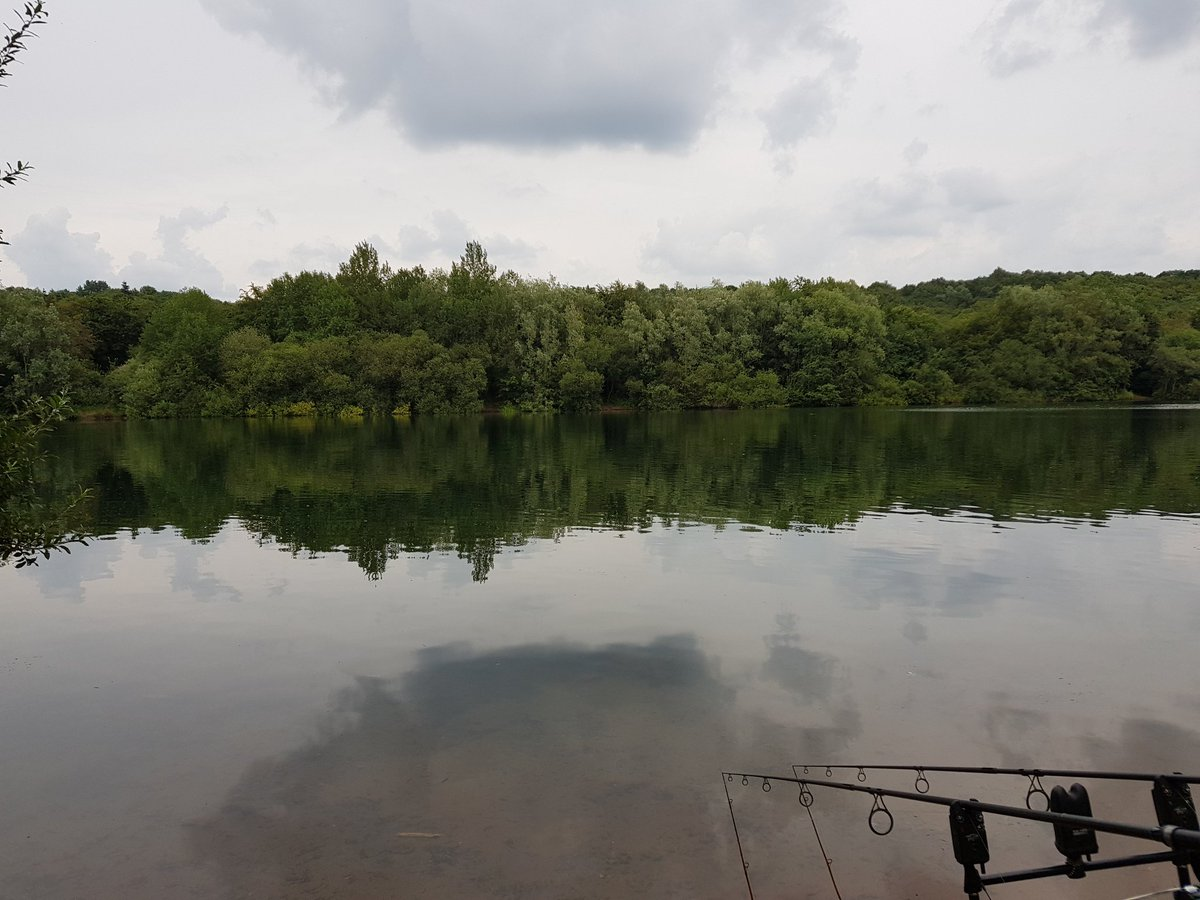 Warm and humid after all that <b>Rain</b>. But great to be back out #carpfishing https://t.co/KWjHe4