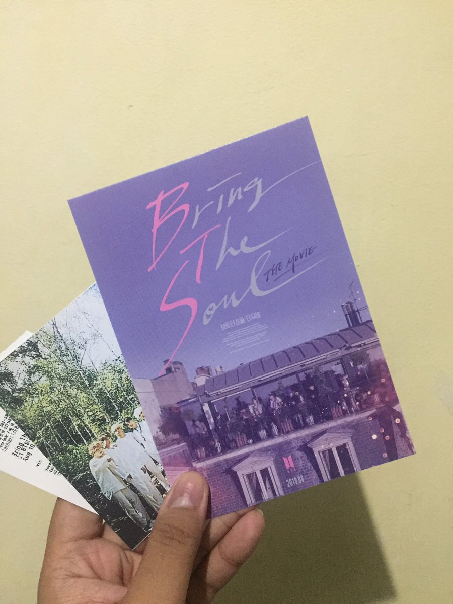 To the biggest love 💜 @BTS_twt #BringTheSoulTheMovie https://t.co/HurfP6EMmJ