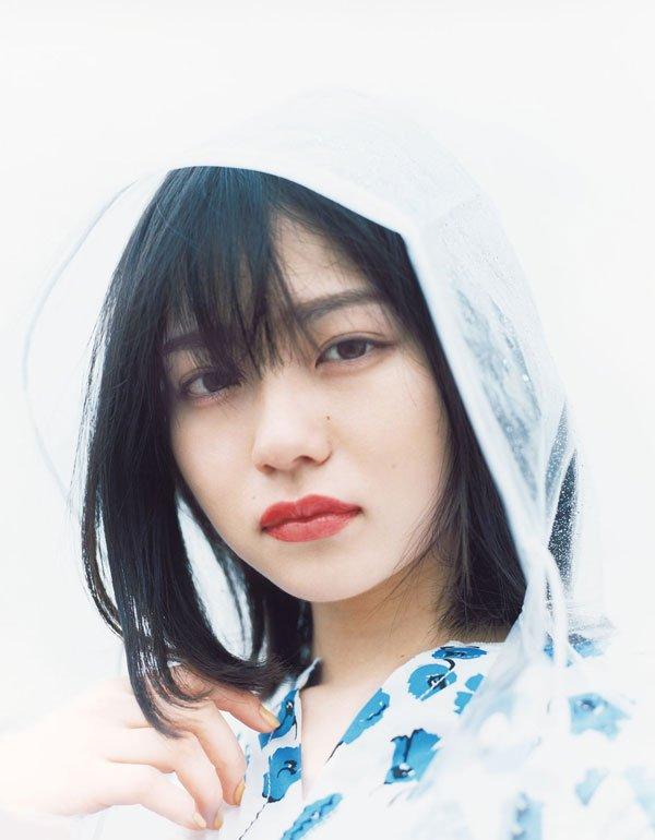 "test ツイッターメディア - ViViが自信を持って""可愛い""推しをしていきたい、2000年代生まれの新美少女。 18歳の女優山田杏奈さん。カメラを向けた時にだけ見せてくれる、強い眼差しが印象的です。  ▶︎https://t.co/luUVcMe9ZO https://t.co/znL3LJaHTD"