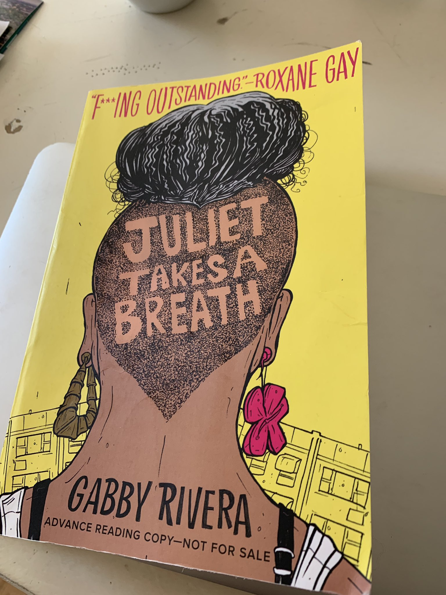 This is hands down the best book I have read in a while by @QuirkyRican. @rgay is right except double f***ing outstanding. https://t.co/veMupmmLxW