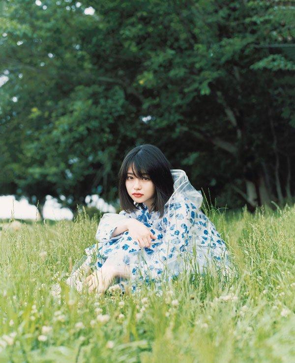 test ツイッターメディア - 「この役はこの道をどう歩くのか、景色を見てどう感じるのかと考える」  18歳の女優、山田杏奈さんの今のキモチ。 https://t.co/B8nSpAPwC3 https://t.co/BCy2l6bsS2