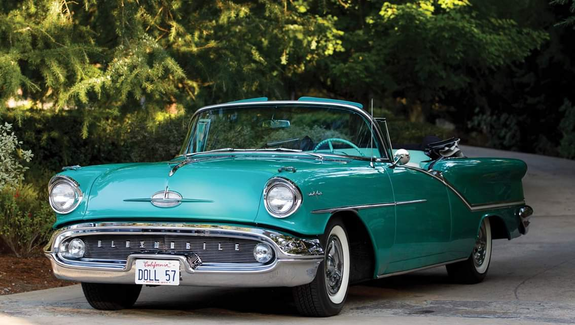 1957 Oldsmobile 98 Starfire Convertible https://t.co/YHTU5Tyr5b