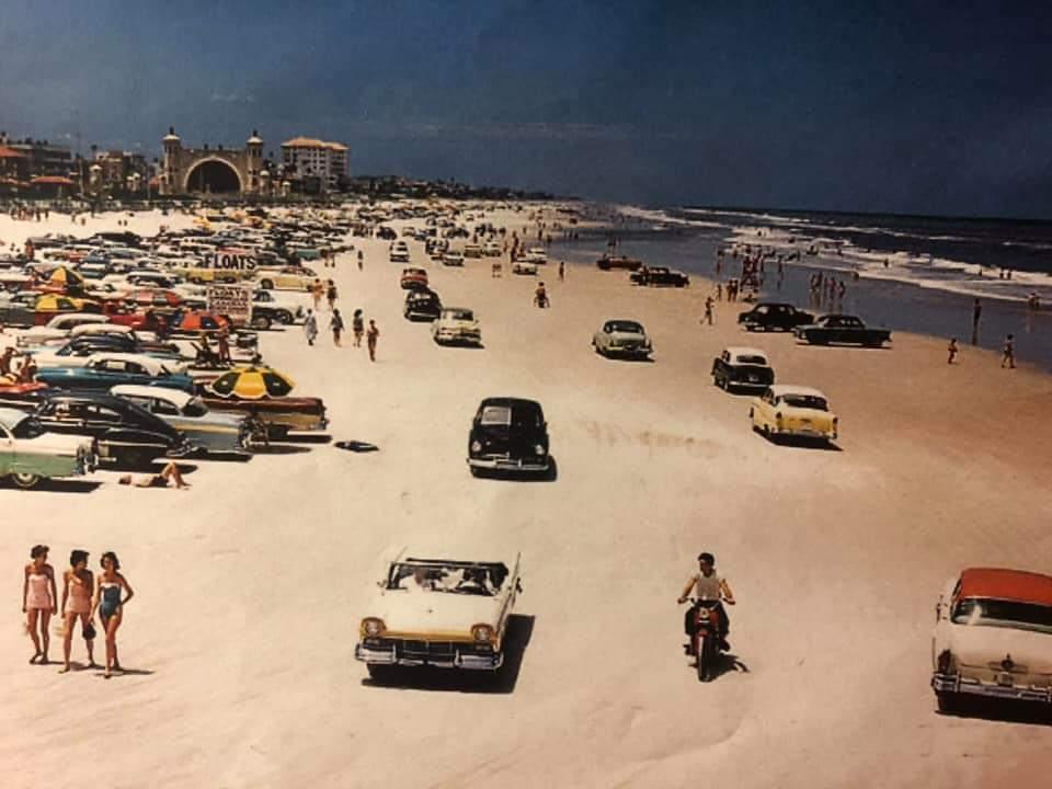 Old School Beach Scene https://t.co/63eNCShYOc