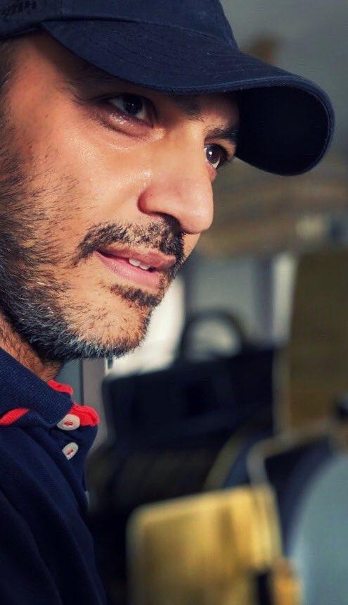 Random clicks 🤘🏻 #NewPics #NewLook #actor #SaltNPepper #beard   Suits me?! https://t.co/75qn0hVtpc