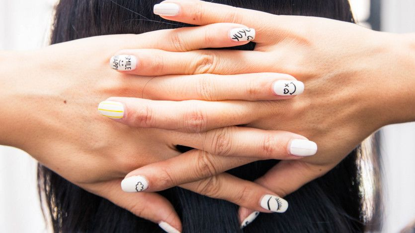 Warning signs you need to lay off your mani-pedi routine: https://t.co/fyN9yTFnlY https://t.co/ww0l1Z4J9w