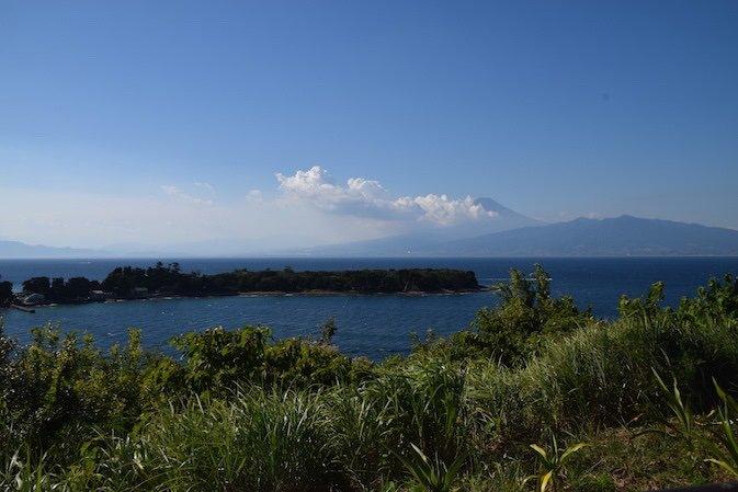 test ツイッターメディア - エントリー受付中です!参加費無料。  沼津市×スルガ銀行  【沼津駿河湾ライド100km】  富士山と駿河湾の美しい景色、地元のグルメを楽しむ距離100km、獲得標高849mのサイクリング。人気の直売所みかんも、サポートカーでお持ち帰りできます。  2019年10月18日(金) 御殿場https://t.co/2vN98uNXiS… https://t.co/BL2DLZU0Nz