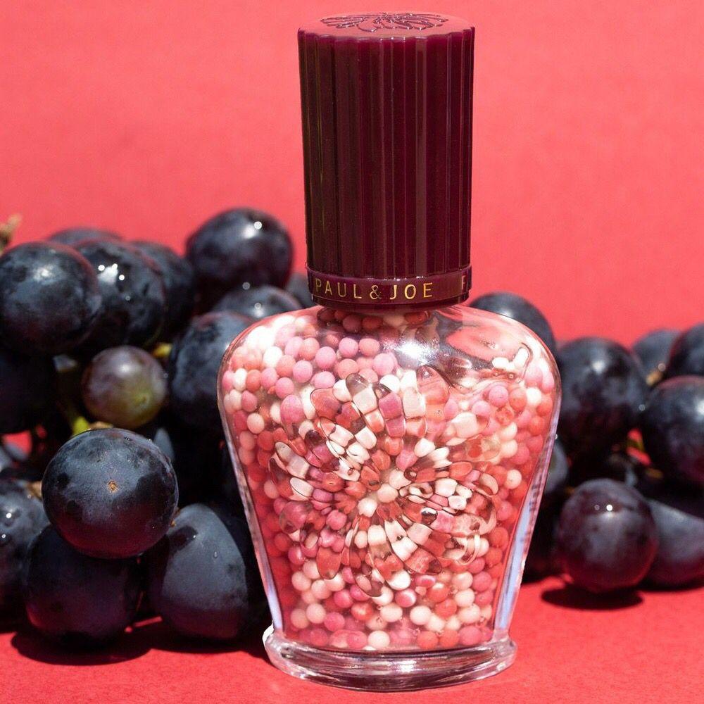 test ツイッターメディア - つぶつぶプライマー8/18予約開始❣️ 9/1限定発売🌟 3色のブドウに見立てたパールボールをぎゅっと絞ると、ワインカラーのプライマーがフレッシュに香り立ちながら肌色をコントロールしてくれます。003 ピノノワールは自然な血色感で華やかな肌に😻💕 https://t.co/sxkyxIMvgu #ポールアンドジョー https://t.co/qj3QByOvMH