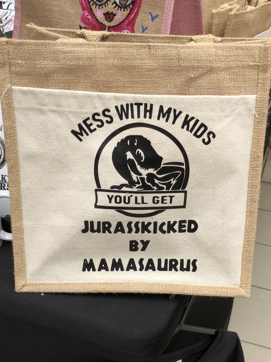 RT @Glitter_brawl: This is it I have found it this is THE WORST EVER TOTE BAG https://t.co/J8fiTfEYcq