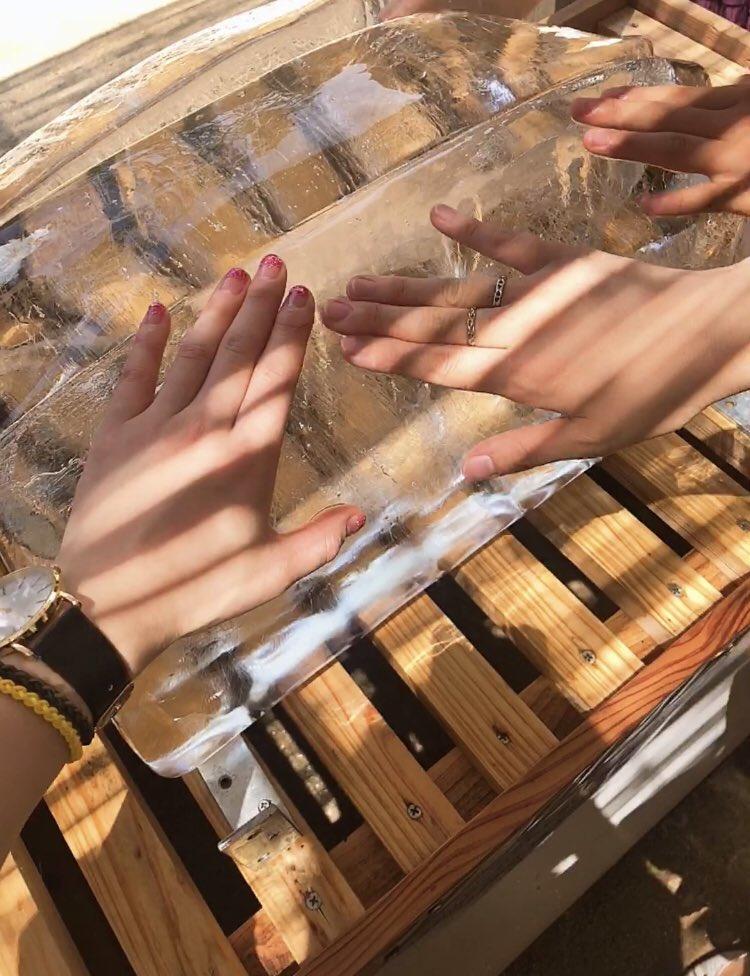 test ツイッターメディア - 編集お疲れ様ですっ! 先週大宰府天満宮に行きました~\( 'ω' )/ 暑すぎて溶けそうでしたが風鈴や氷で涼しさも感じつつ🎐❄ そして右も左もこんなに梅ヶ枝餅のお店あったっけ??って笑 右側の、かさの家さんのいただきました~(*´∀`*) @yuuuum_yudai_  @masaosp https://t.co/xc7Usv5rKg
