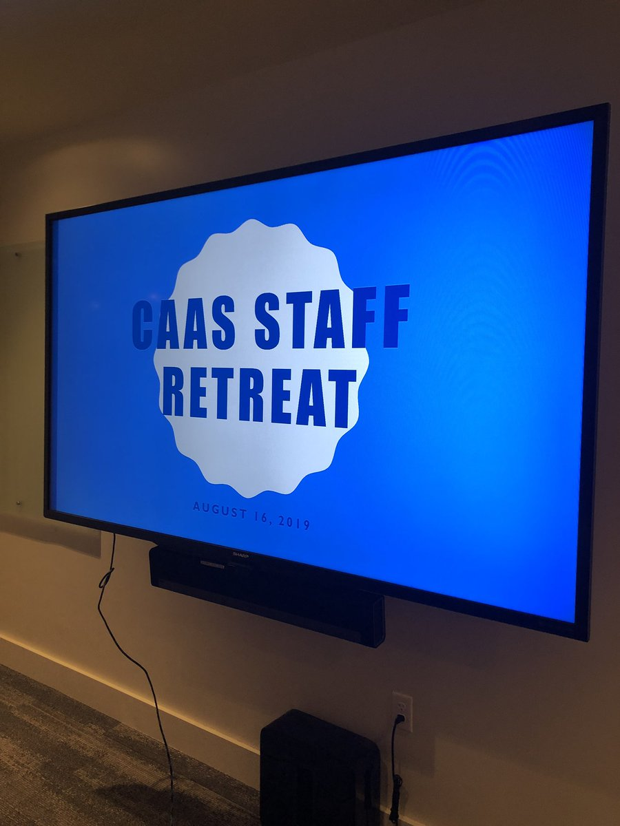 @MemphisCAAS starting the year off right wothnstaff retreat! #StripeUp #GTG #BetterThanYesterday https://t.co/f1WVr8o6Yy