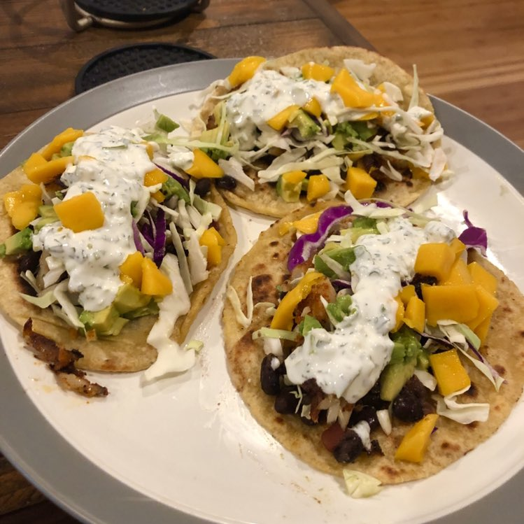 test Twitter Media - Hey y'all. Blackened tilapia tacos with black beans, cabbage, mango, avocado, and homemade cilantro-lime crema in half-flour-half-corn tortillas. https://t.co/Fmsx65Nwnq