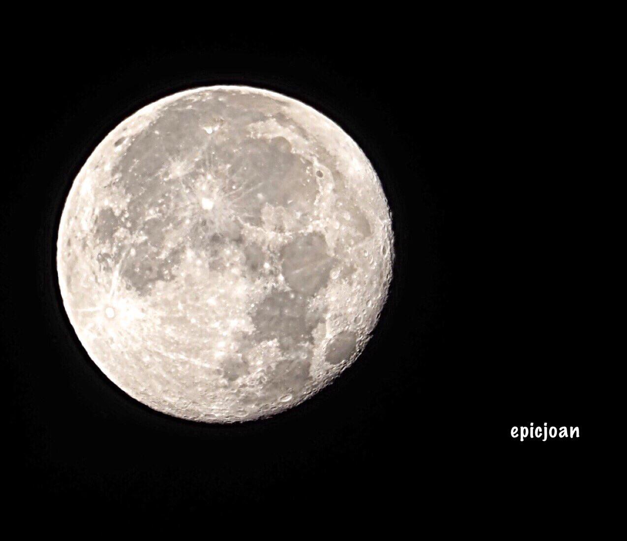 RT @epicjoan1: Arenys de Munt, la lluna comença a minvar aquesta matinada a les 05:45 @El_Universo_Hoy @estelsiplanetes #cielosESA @MeteoAdM @BCNmeteo @SoniaPapell @SergiLoras @AlfredRPico @PepJordana @OlympusUK @esolympus @BonaSerrat @AASCV https://t.co/orwOE8dauL