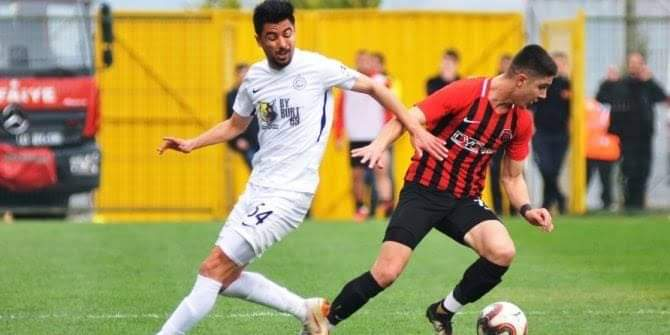 Bayburt Özel İdare, Yeni Çorumspor ile yaptığı hazırlık maçından 2-0 mağlup ayrıldı. #Bayburtspor 💛🖤 https://t.co/5eORiA5q8a
