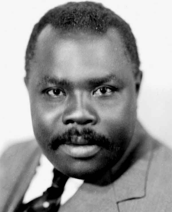 """test Twitter Media - """"A people without the knowledge of their past history, origin and culture is like a tree without roots.""""  """"Liberate the minds of men and ultimately you will liberate the bodies of men.""""  - Marcus Mosiah Garvey, Jr.  #HappyBirthday https://t.co/QZpbnjxAGv"""