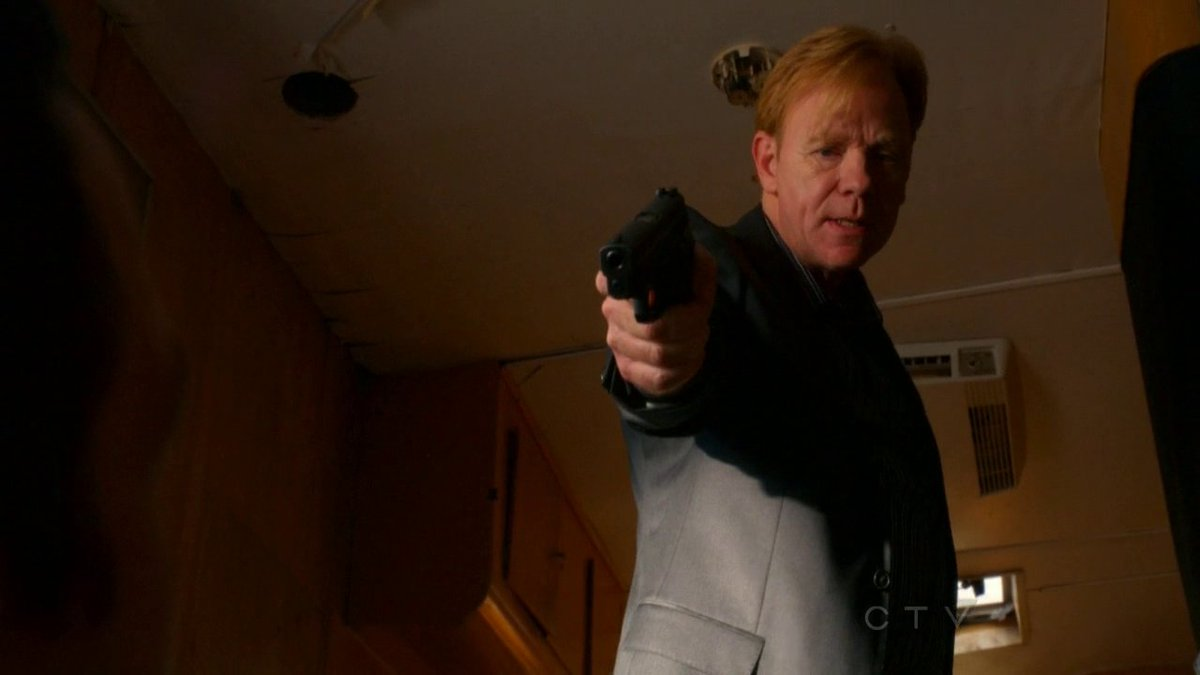 My Sunday #Motivation picture for all #loyal @davidcaruso1 fans #horatiocaine #csimiami #davidcaruso https://t.co/S6M8cDWhPt