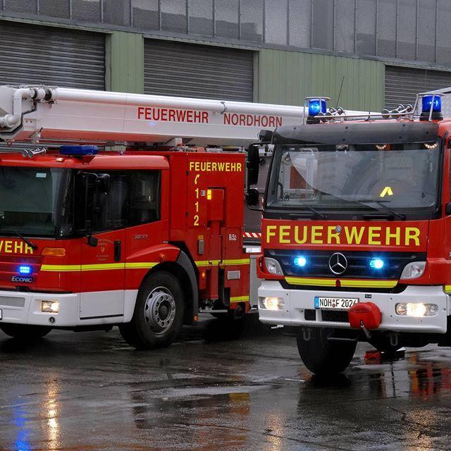 test Twitter Media - Drei Feuerwehreinsätze am Samstag  BMA-Auslösung in Pflegeeinrichtung  Zu gleich drei Einsätzen wurde die Feuerwehr Nordhorn am Samstag alarmiert: Um 15:45 Uhr sollte die Feuerwehr zu einer Ölspur auf der Seeuferstraße ausrücken, nach Rücksprache mit der… https://t.co/N5M0f5WACa https://t.co/o7m8RlWaxf