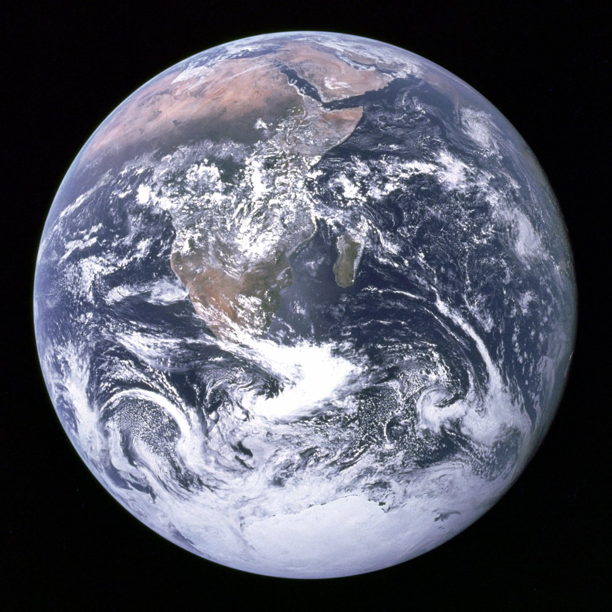 The Blue Marble, one of the most widely distributed images in history! #CulturesWays https://t.co/jEXhY69YIh https://t.co/wFTd0jJTig
