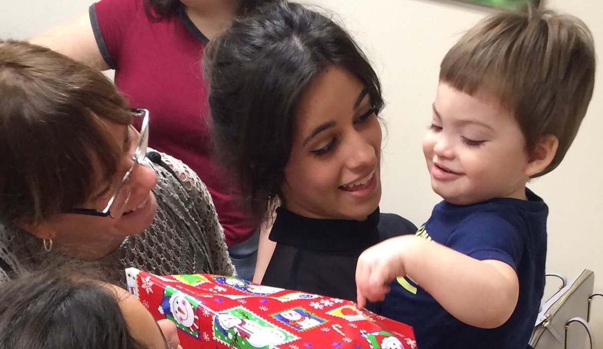 RT @btsmilart: Camila visited a children's hospital and distributed gifts to them. https://t.co/oqaWEm0kde