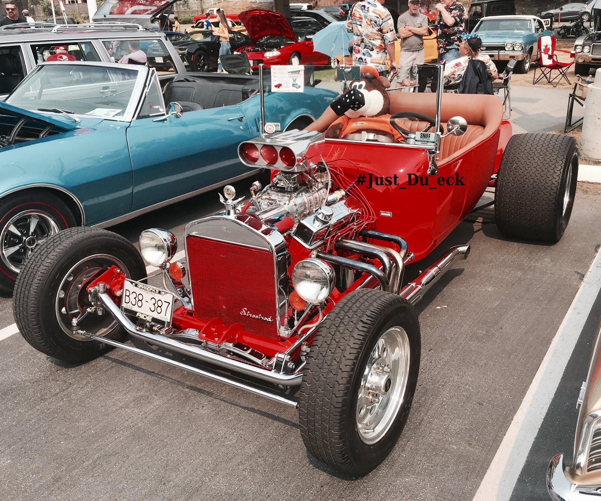 2017 #Dueck #Classic #Car #Show #Koolest #Convertible= Jack DeGrant 1923 #Ford T! #Just_Du_eck @urduecksalesgi1  @BeckyChernek @bryans_cars @kmandei3 @OldSchRides @wildbillphoto #Classiccars #FordCanada #FordT #RedRocketCollection https://t.co/Afxe6cGGOj