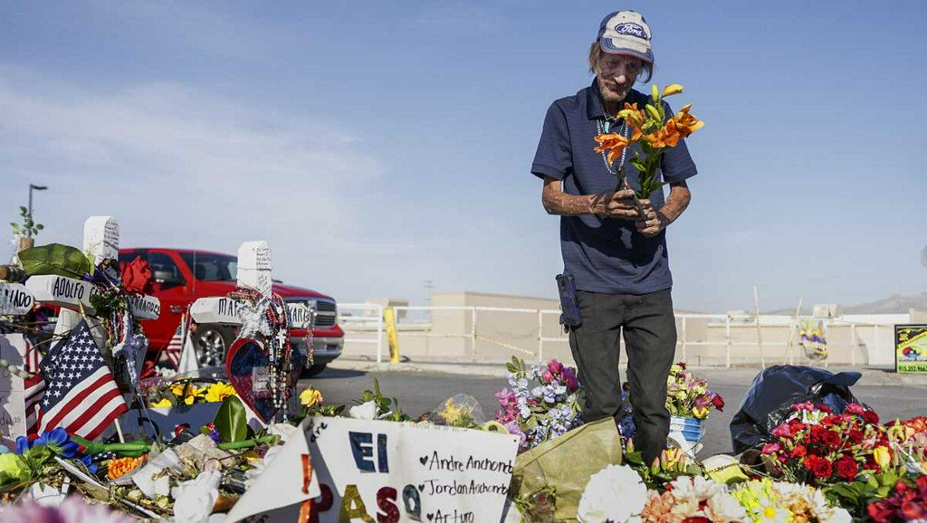 test Twitter Media - Reports: El Paso man who just buried his wife that died in mass shooting has his car stolen https://t.co/wAyfF5KLqP https://t.co/aqsvlEhXfl