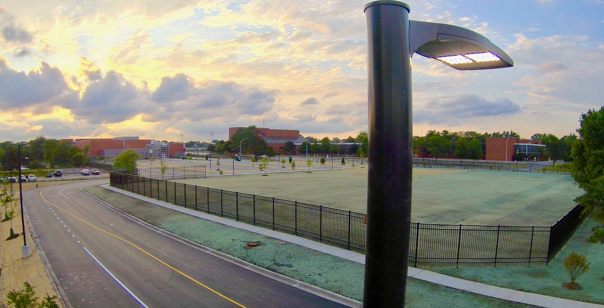 """test Twitter Media - As new Maple School nears completion, the parking lot & drives have earned their stripes! The athletic field is prepped, landscape is planted, & the campus is looking sharp! Sup. Dr. Wegley says, """"We continue to prepare for our full first-day of learning on Sept. 3!"""" #d30learns https://t.co/JCiisXf0bO"""