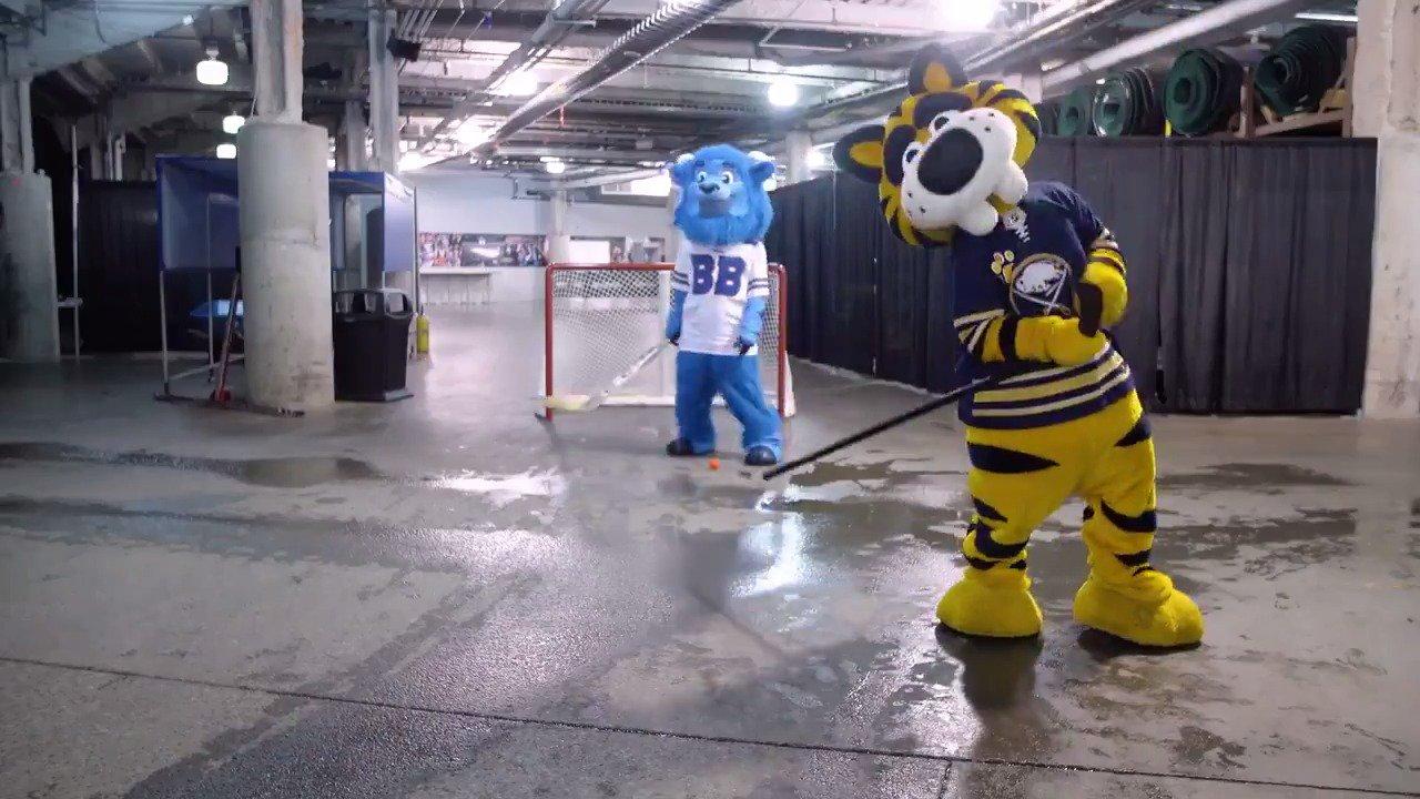 Is it hockey season yet? 😼  #LetsGoBuffalo https://t.co/QgMF1C1drn