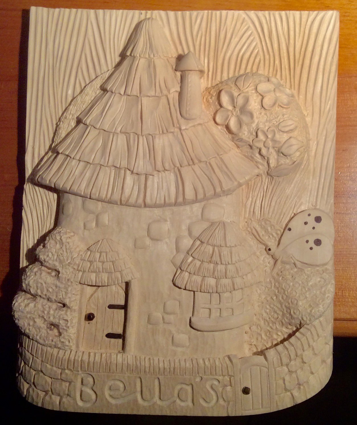 Made for my granddaughter carved in Lime (Tilia) https://t.co/Fl6cIIkdlP