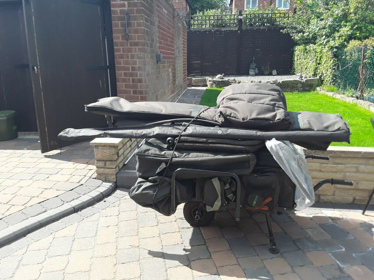 Ad - FOR SALE - COMPLETE CARP FISHING SET UP AND BAIT BOAT On eBay here -->> https://t.co/rsJL