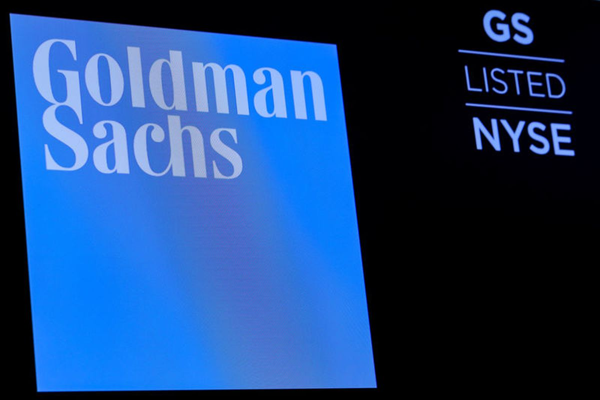 On Apple Card launch day, Goldman CEO says card is 'a beginning' - The Globe and Mail