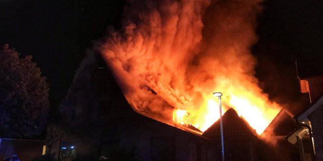 test Twitter Media - Wohnhaus in Bookholt brennt völlig aus https://t.co/koMBTye6js https://t.co/6cTHirIgCD