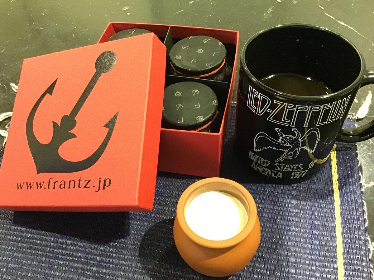 """test ツイッターメディア - 先日の神戸ハーバーランドで仕入れてきた「Frantz」の """"魔法の壺プリン"""" を戴きました。 いつも思うのですが コノ """"とろける感"""" は堪りませんな〜。 https://t.co/nY2qiCTVfg"""