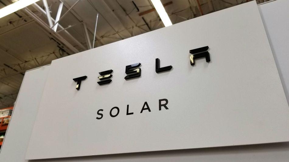 Walmart sues Tesla over solar panel