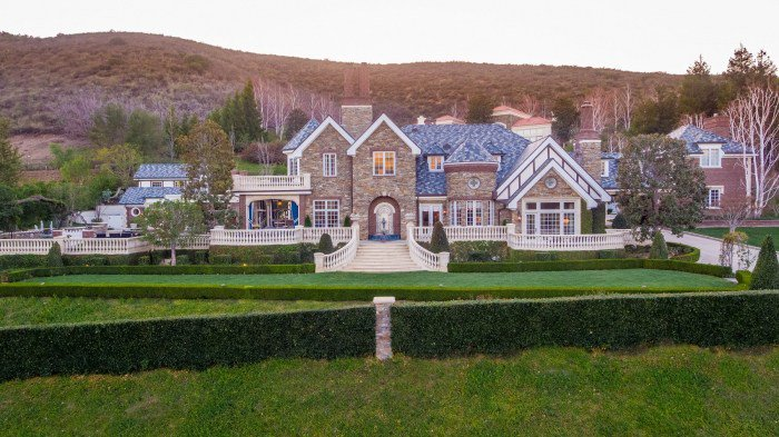 WWE's The Miz picks $6.4 million Thousand Oaks mansion