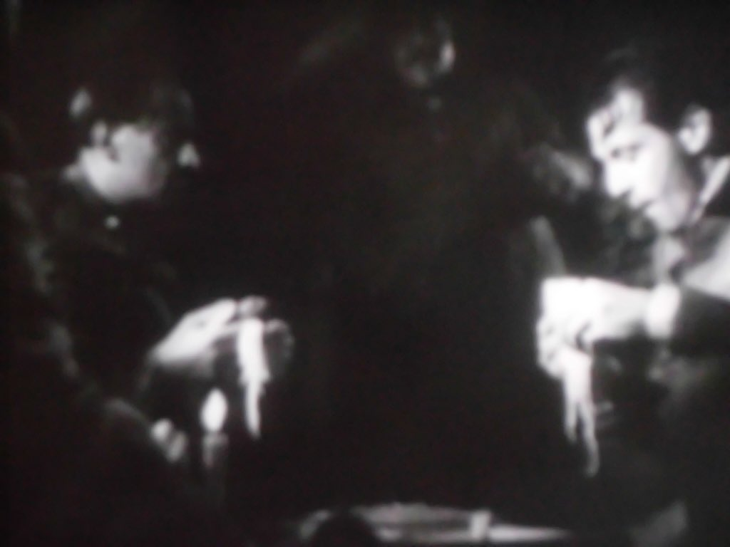 test ツイッターメディア - 映画「武器よさらば」を観た。ヘミングウェイの原作とは大分端折ってる。これで280円って安いんか、高いんか。 https://t.co/WESGTFcWJQ