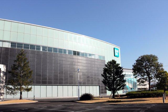 test ツイッターメディア - 【需要に対応】バンダイ、「ガンプラ」新工場を静岡市に建設へ https://t.co/TZz1aAzIkL  数十億円をかけて工場を新設し、生産能力は4割向上する見通し。現在もガンプラ工場は24時間のフル稼働状態という。 https://t.co/Gx1NouZLIf