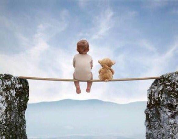 Un niño sabe que no existe ningún horizonte tan lejano que no pueda alcanzar.  #ilusión #magia #sueños #vida #infancia #leer #cuentos #niñointerior #niño #kidlit #dreams #life #CuentodeLuz   Pasen, vean ,elijan y lean 😀 :
