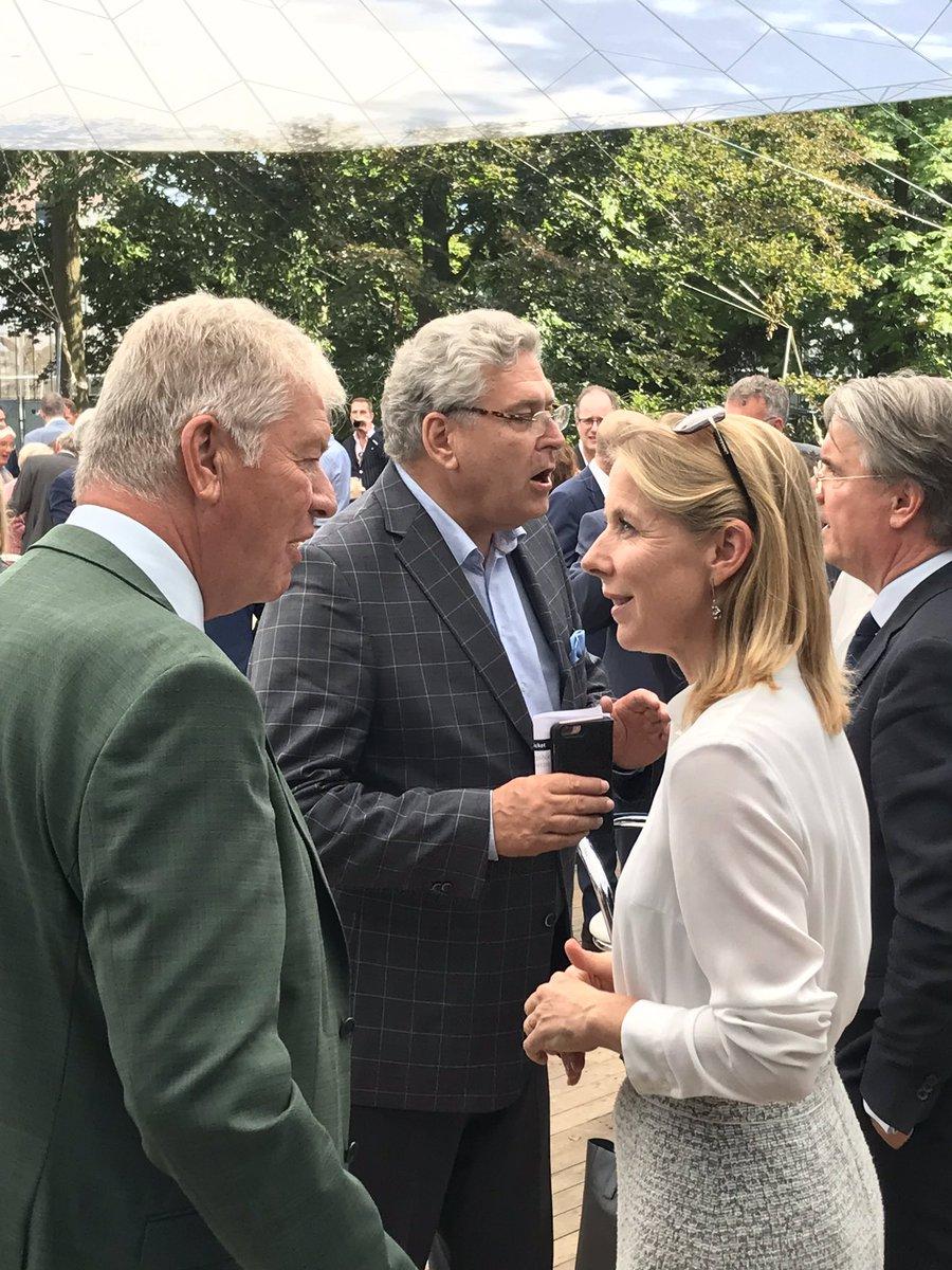 test Twitter Media - Met een kleine delegatie #agrofood & #biobased ondernemers uit regio Bergen op Zoom aanwezig op de #Koningshoevenontmoeting. Circulaire Economie staat in bijdrage van @SvVeldhoven centraal. https://t.co/6PAOvcAozZ