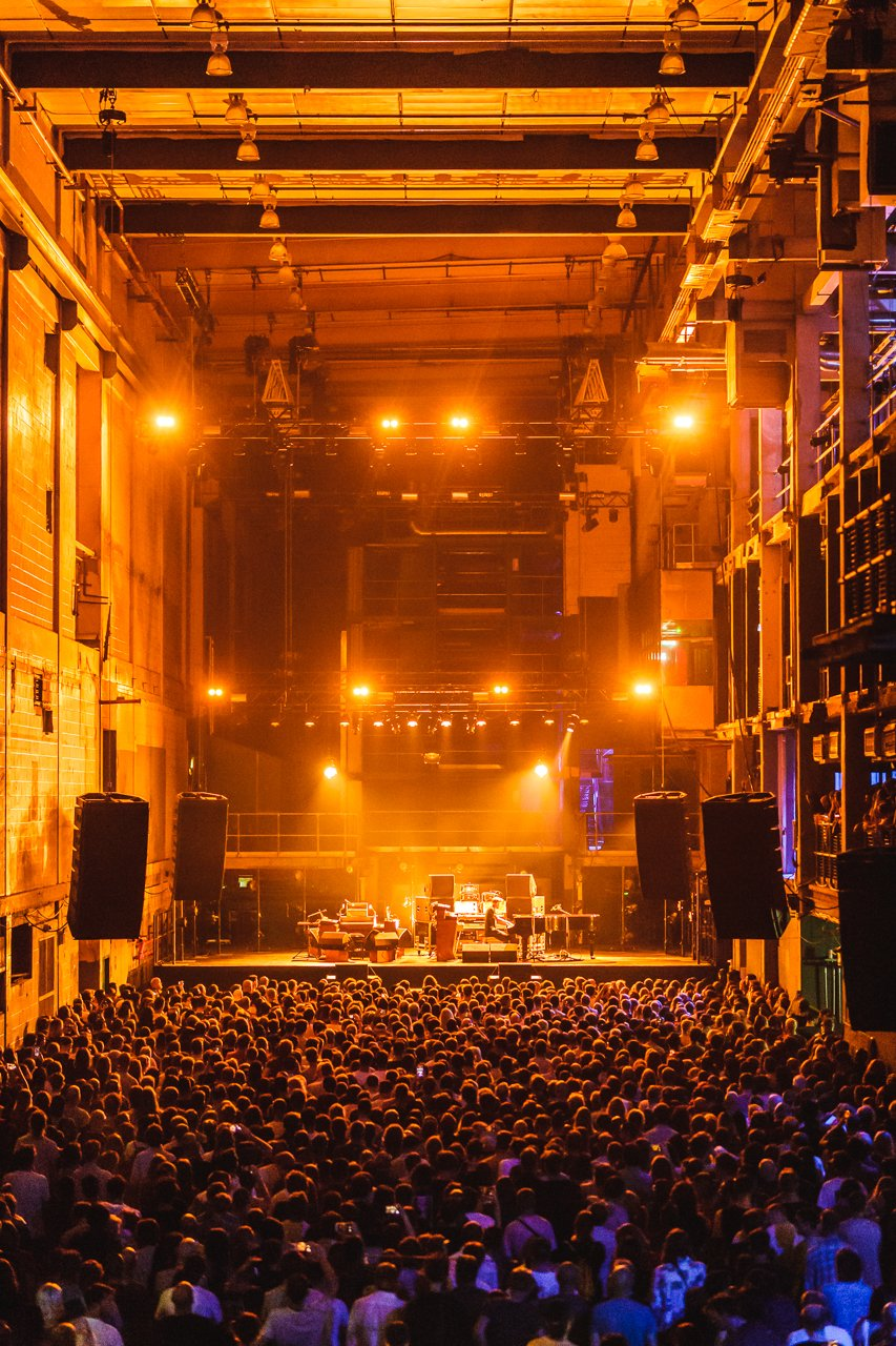 A spectacle of sound, provided by the one and only @nilsfrahm. https://t.co/xGgNm48mLn