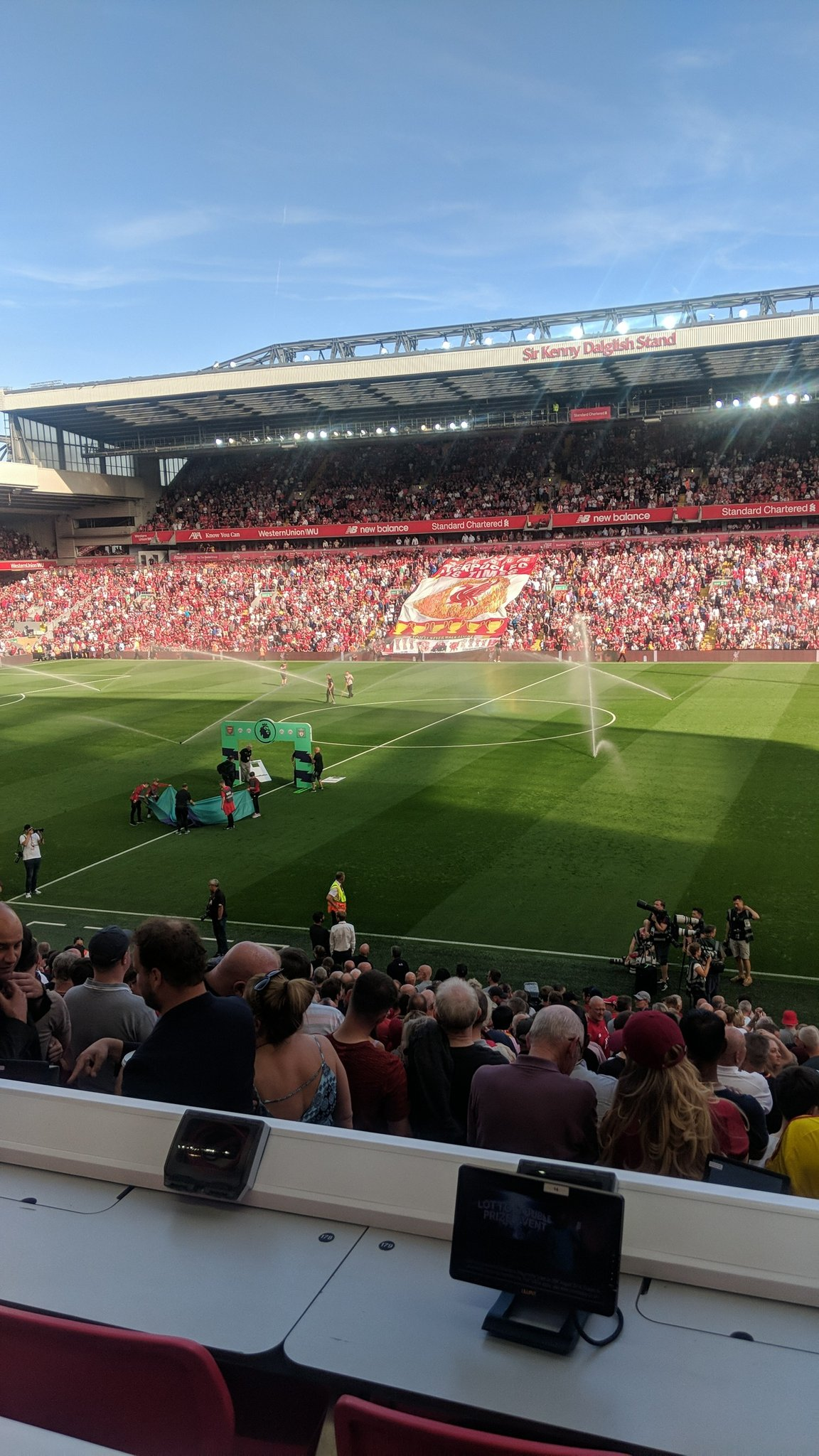 What a day for it!  #LFC #LIVARS https://t.co/UGs0YPG29Z