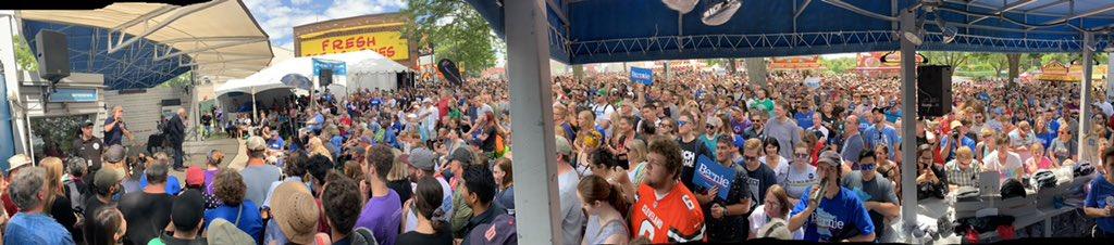 Crowd for @BernieSanders conversation with @MPRnews at the #minnesotastatefair https://t.co/zDLCFFXHTW