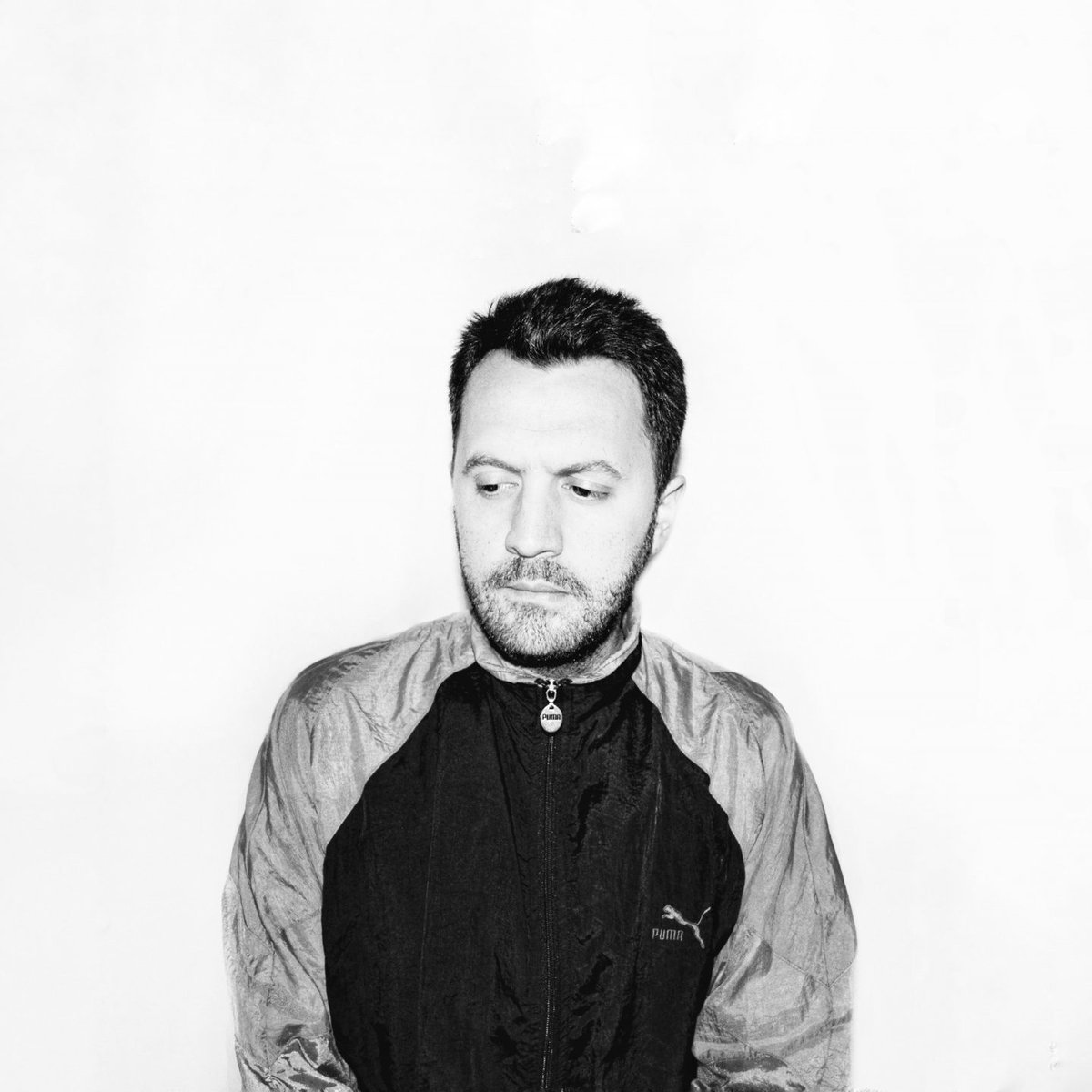 """test Twitter Media - En un nuevo episodio de #ViajeSinRumbo🚀 recibimos la visita de Víctor Schlesinger, líder del proyecto musical Concon, para conversar sobre su EP debut """"El Alto"""" y acerca de su rol como gestor cultural en la industria de la música 🎶. Escucha el podcast -> https://t.co/YBHke73uZ1 https://t.co/RQs0PmiFUW"""