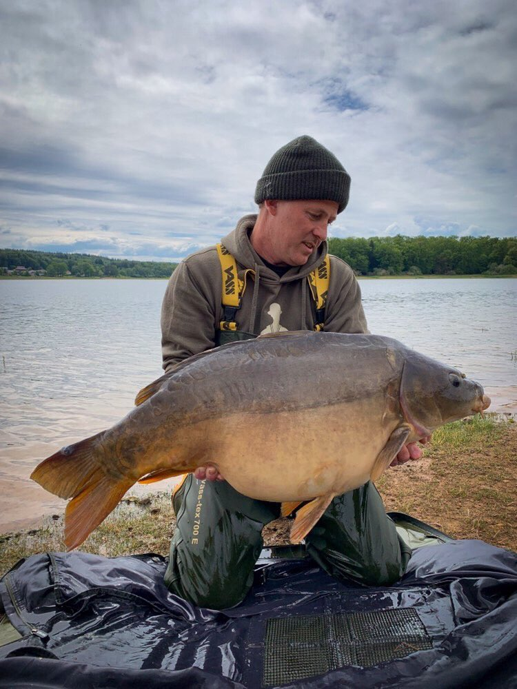 Beauty for Stephane #carpfishing #vasswaders https://t.co/Yt6pua1ZHN