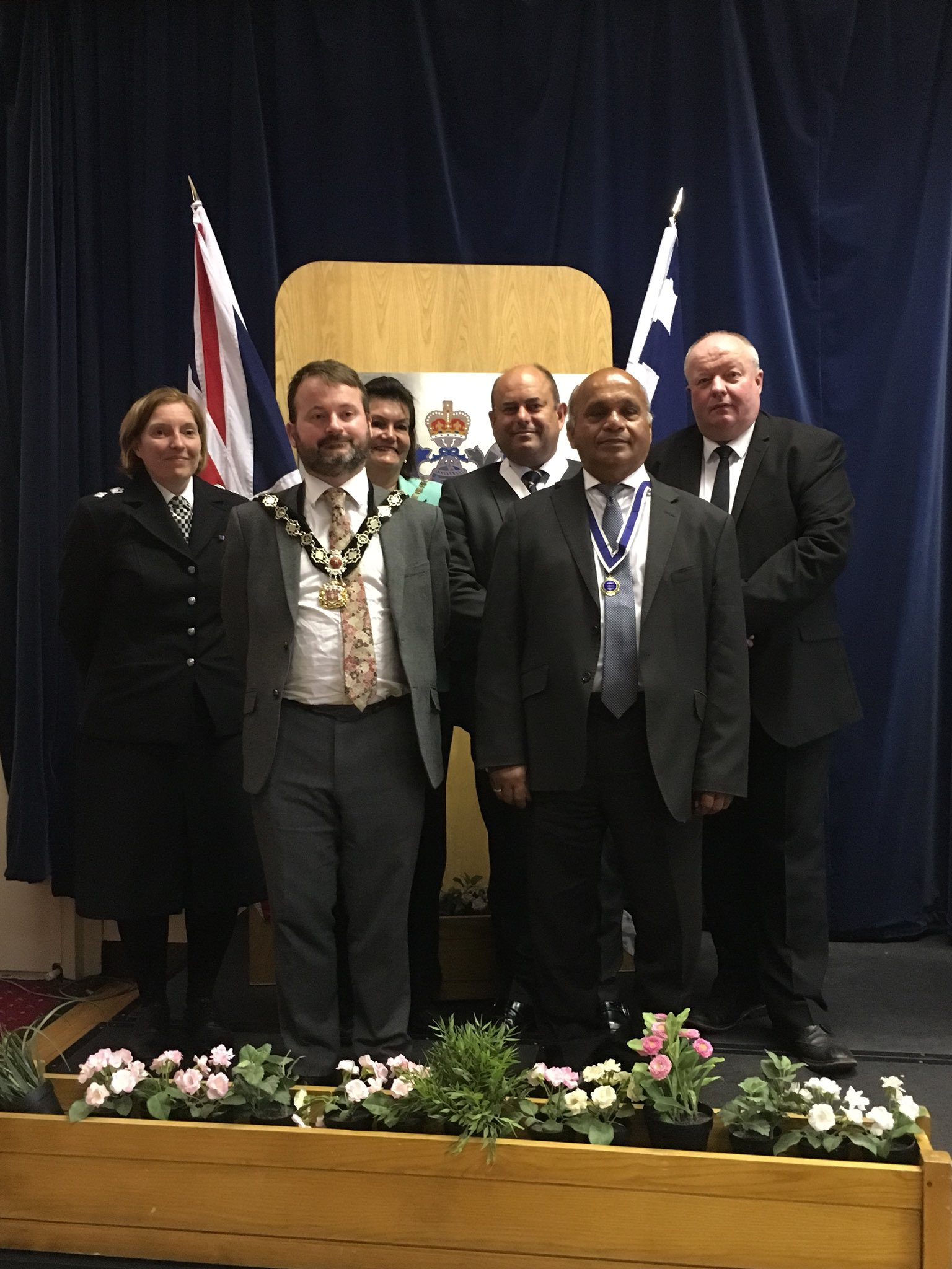 Many thanks to our guests of honour this morning, incl. @MayorOfMerton, @EdwardFoley, @JamesHenryChard, @thayalan_thay & @Peter_Kirkham. Thank you for joining us in celebrating the officers of the #SouthWestBCU https://t.co/JCtDsPAgfY