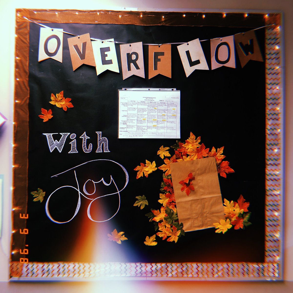 test Twitter Media - Happy autumn, loves! 🍂  So sorry the vlog didn't go up last night. I'm shooting for TONIGHT instead. I will let you all know when it's up!! In the mean time, what do you think of my classroom board?? 😁 https://t.co/laRApX2uFY