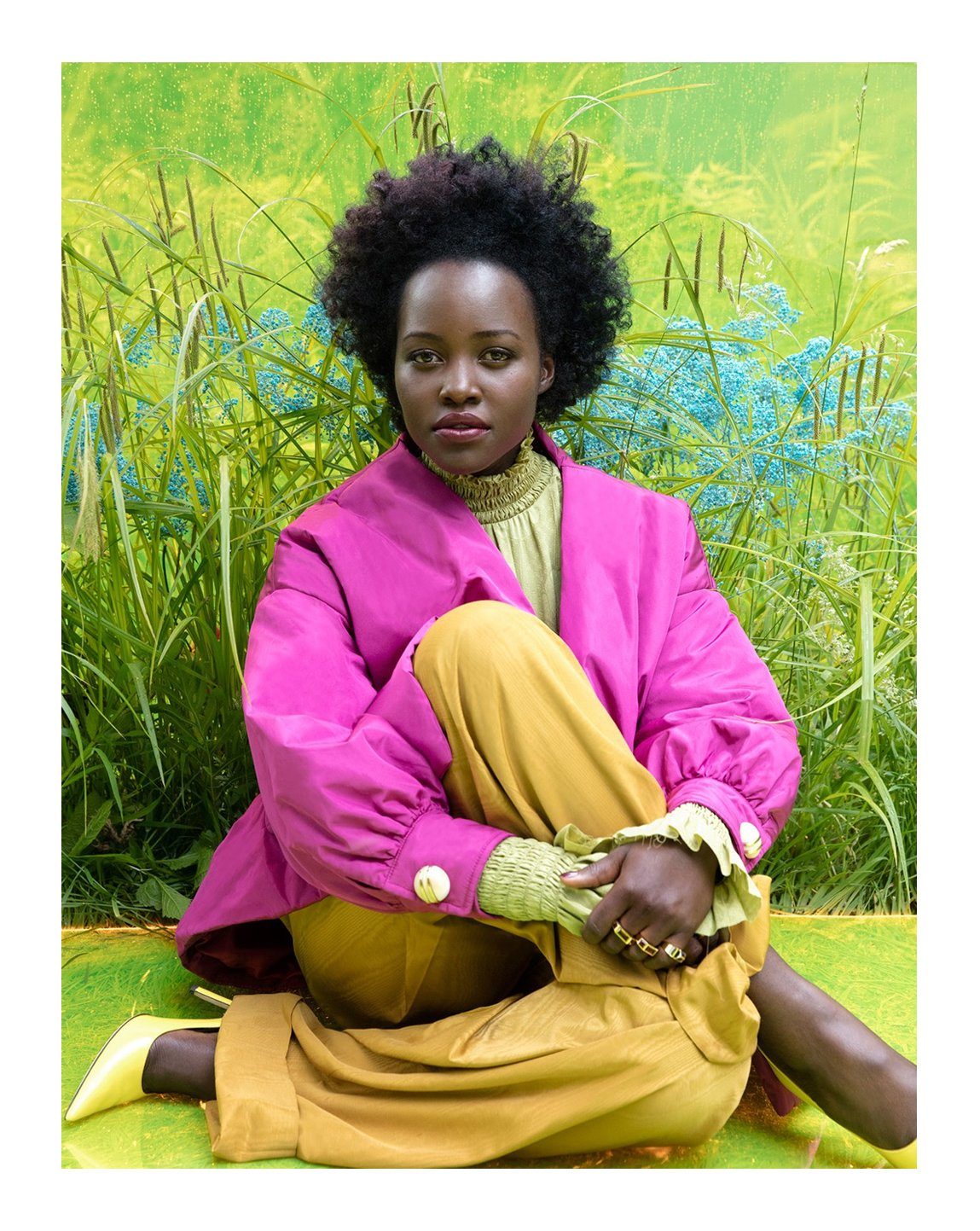 .@Lupita_Nyongo appears on the latest @VanityFair cover story wearing a silk bomber jacket contrasting shirt and moiré pants from #GucciFW19 by #AlessandroMichele. #GucciEditorials Photography by: #JackieNickerson Styling by: #SamiraNasr https://t.co/MqpTOnSQM2