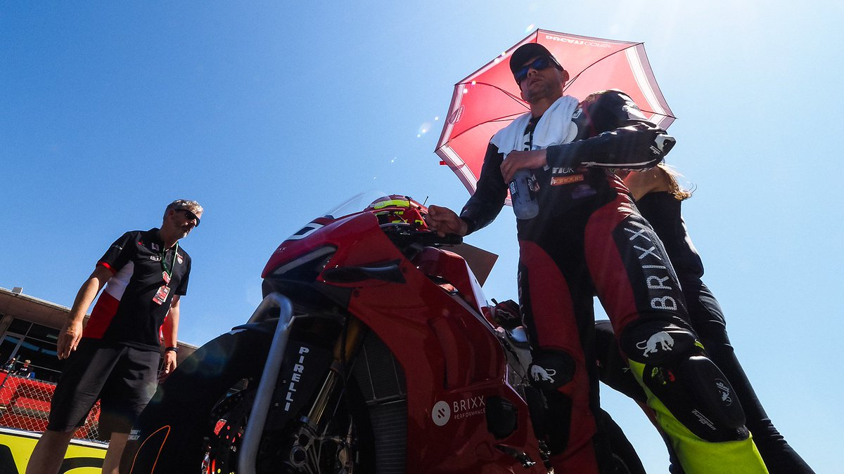 test Twitter Media - French wildcards prepare for the Pirelli French Round  New names and old faces will be aiming for glory at their home round in France  #FRAWorldSBK 🇫🇷  📃| #WorldSBK https://t.co/nLRU0DRWHd https://t.co/qFnOxEZ12j